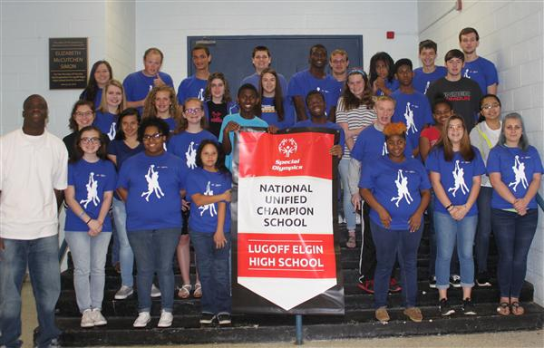 LEHS Be a Fan Club celebrates state Special Olympics award