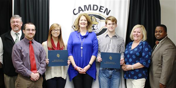 Two KCSD students win state DAR essay contest